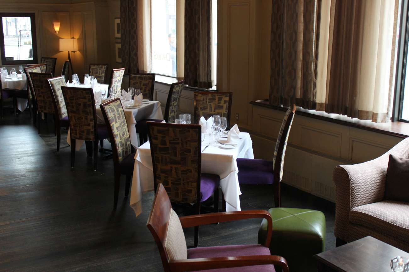 The lounge can be set with square tables for four for a la carte dining