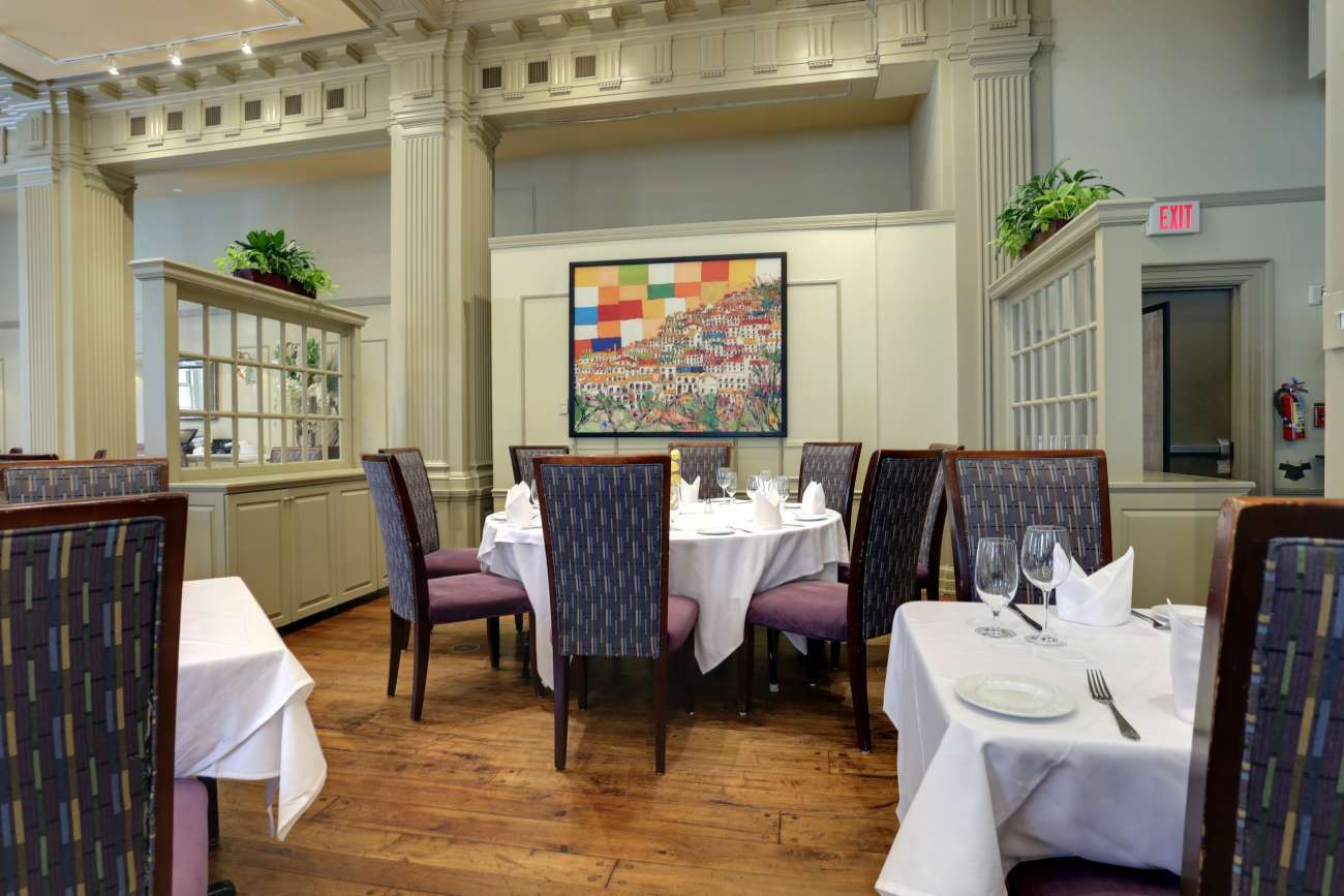 Philadelphia Main Dining Room with artwork